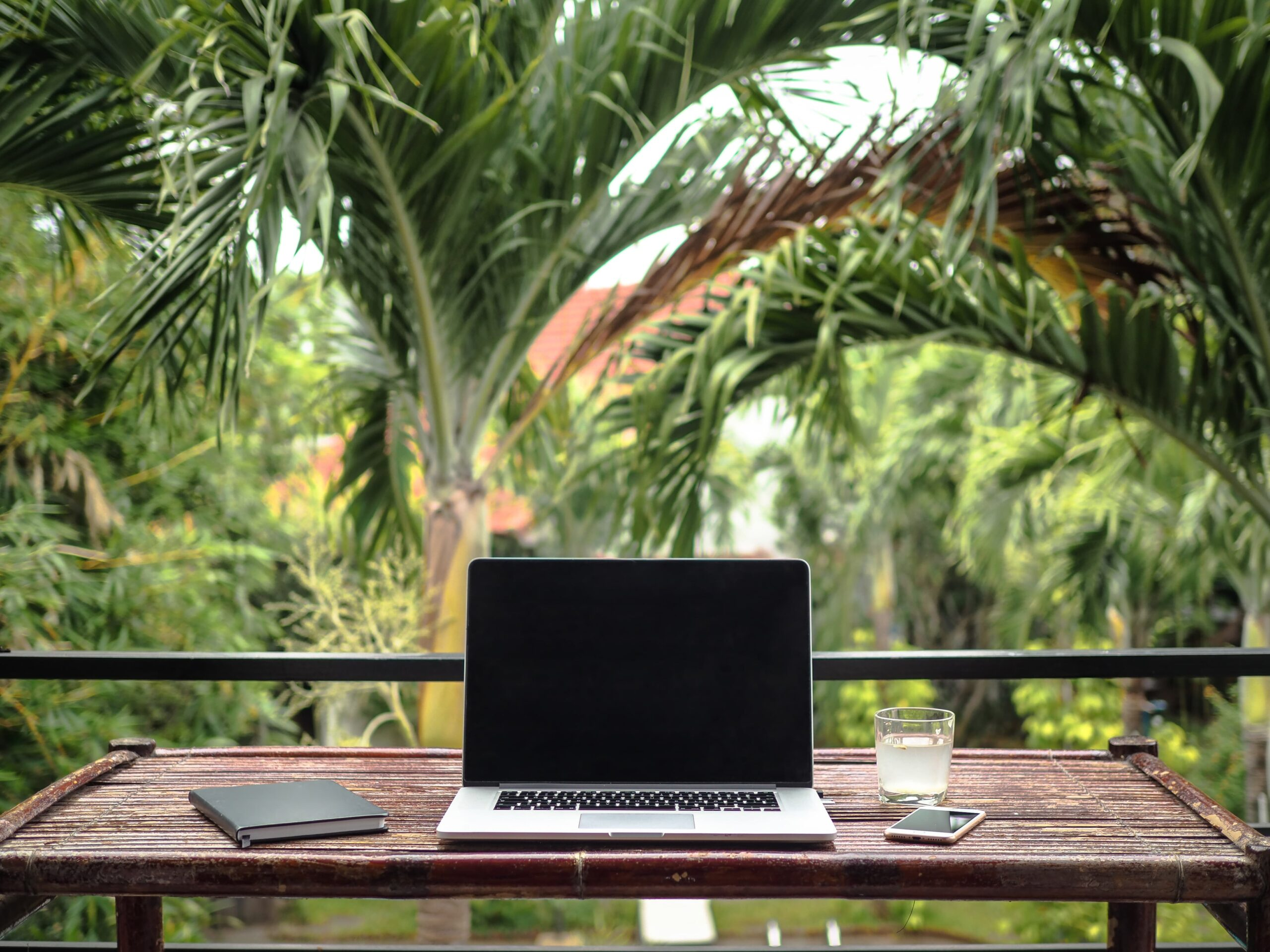 Making money on the road: how to find digital nomad jobs.