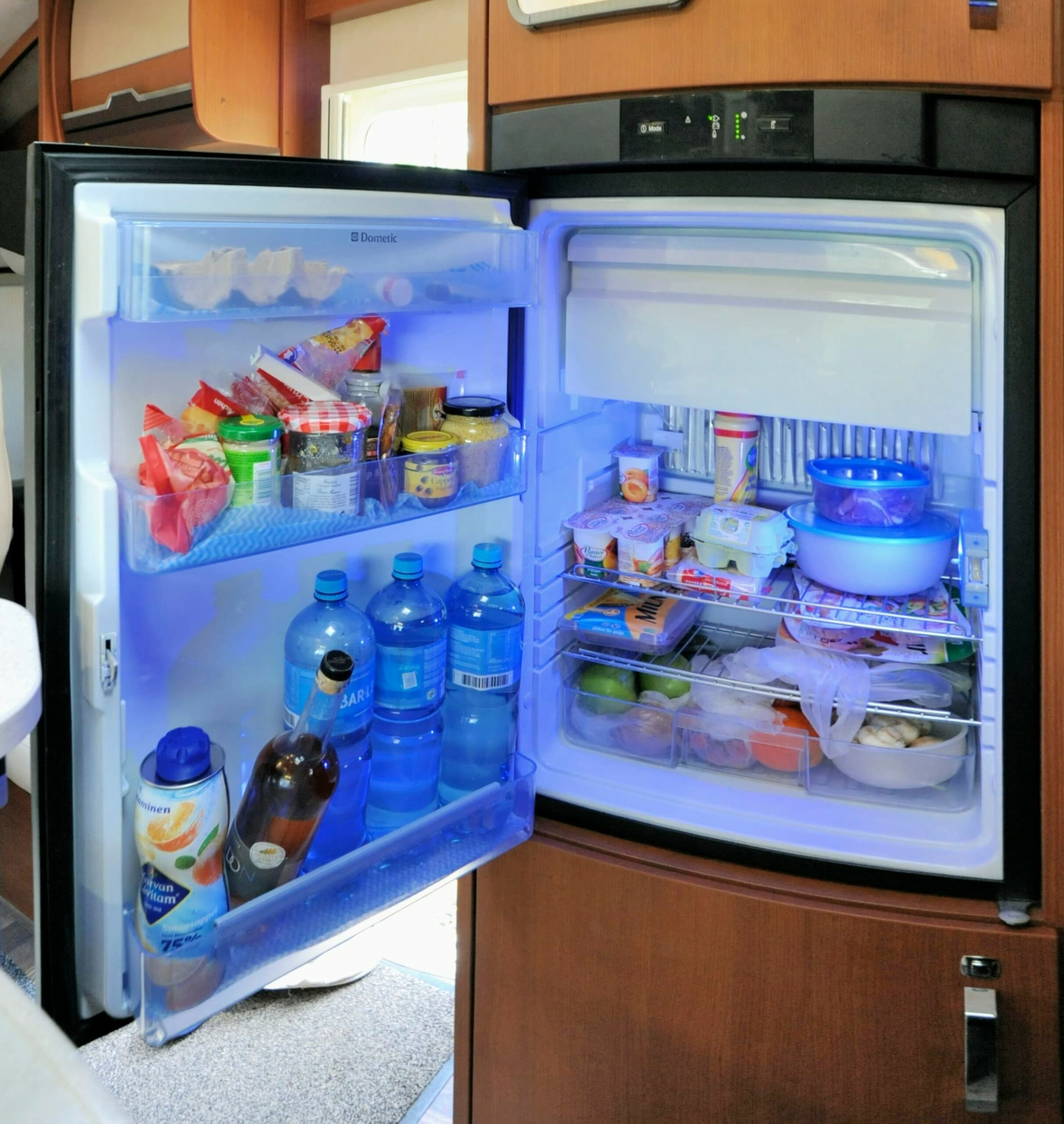 How does a motorhome or campervan fridge work?