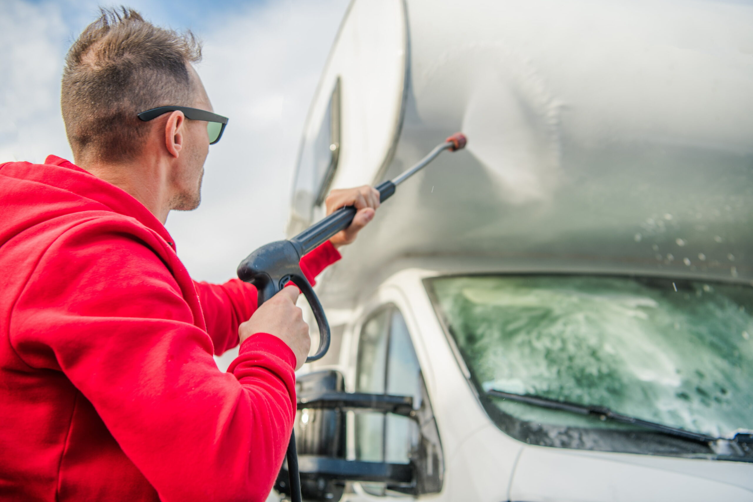4 Tips to Maintain your Motorhome and Save Money!